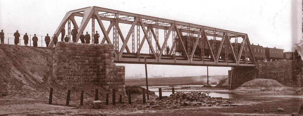 Most na Bystrzycy z okresu końca budowy linii Łuków - Lublin